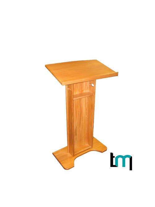 podium de madera 600 x 450 x 1170 mm